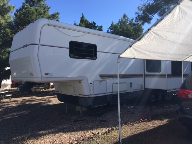 Site # 44 Trailer Newmar 38' 1993 Price $10,500