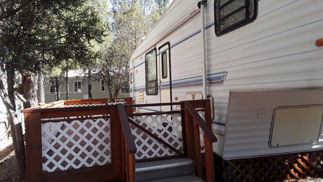 Site #61 Newmar 5th wheel 30' 1995 Price $9500